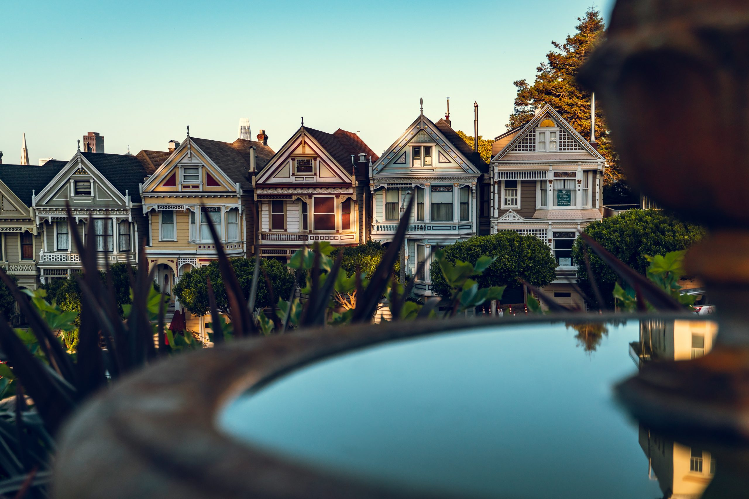 Desperate Housewives - San Francisco's terraced houses