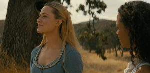 Westworld charachters: Dolores and Maeve, Season 3 - human-like androids