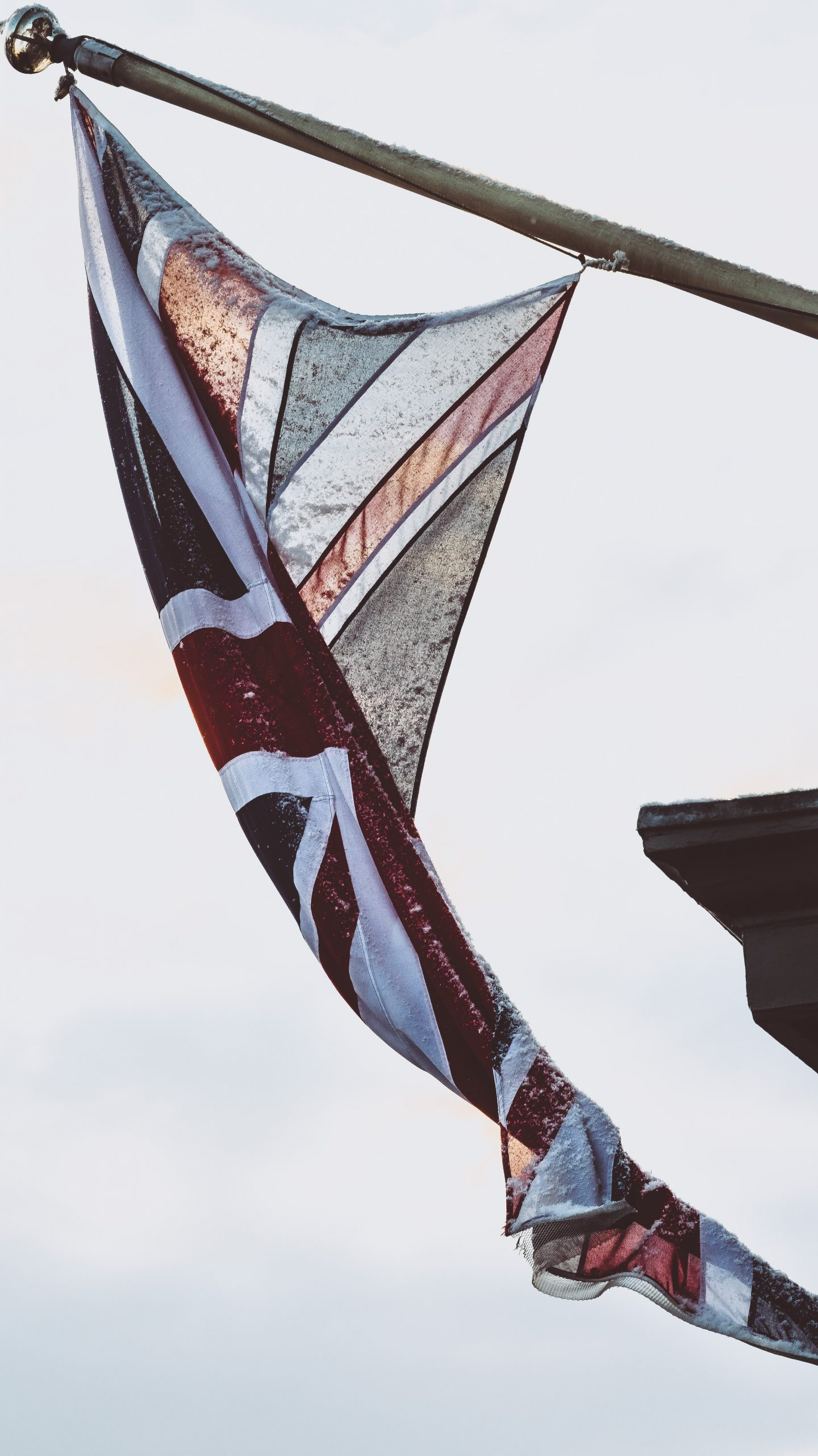 UK flag waiving in the sky