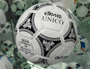EURO 1992 | A Hans Christian Andersen Fable - The official ball of the event